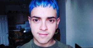 The process of being yourself for simon it began with blue hair blue hair dye being yourself is not always easy and can take a great deal of courage simon venezuelan journalist living in dublin solutioingenieria Images